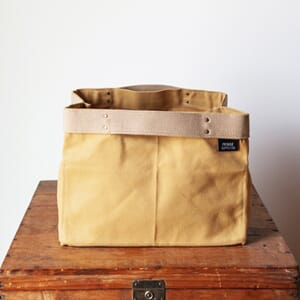 Fringe Supply Porter bag